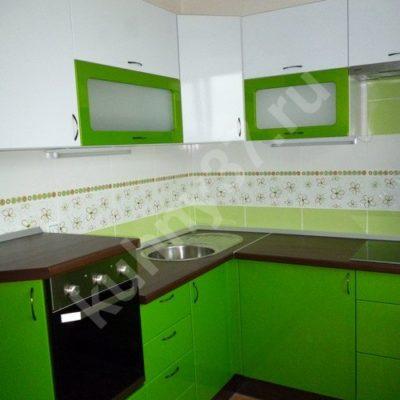 Кухни с салатовыми фасадами фото
